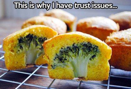 funny-food-cupcakes-broccoli-inside